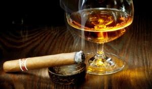 Сигара и виски, расслабление