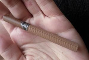 сигарета на руках